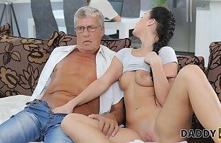 DADDY4K. Wrought up cutie permits BFs daddy to leman her greedy