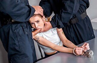 LAW4k. Girl was stopped at the end of one's tether policemen who took her to the radical
