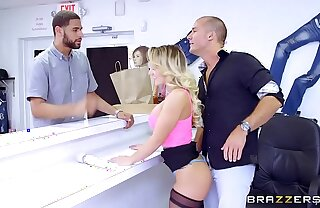 Brazzers - (Cali Carter) - Beamy Tits within reach Work