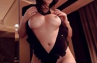 Sexy Brunette Play With Her Juicy Pussy - Billycams.com