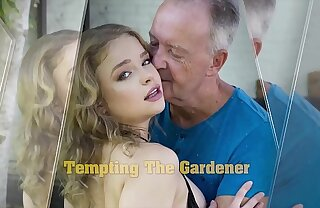Teen blowjob and hot deep pussy fucking with cross-grained grandpa